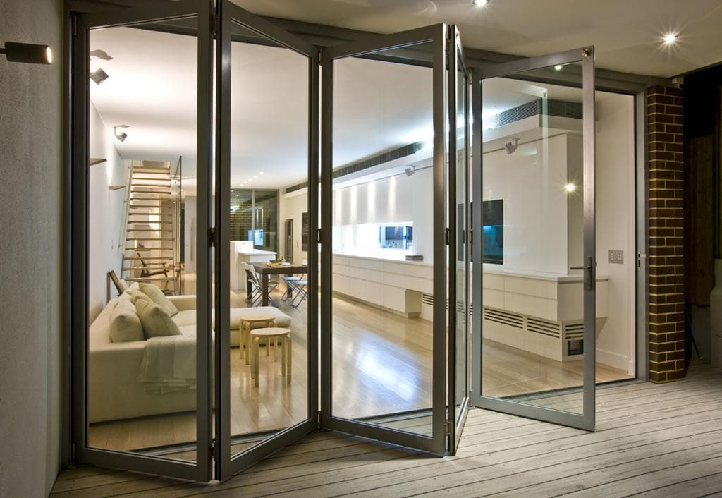 Пластиковая дверь-гармошка, 5 секций 4,5х2,45 м