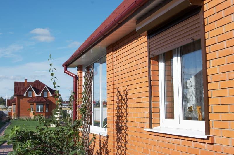 Остекление коттеджей ПВХ-окнами